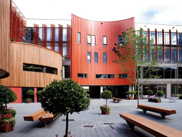 Anglia Ruskin University - Университет Раскин